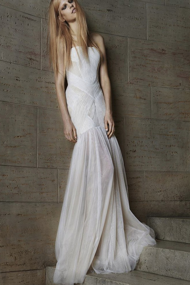 Vera wang s new edgy wedding dress collection spring 2015 for New vera wang wedding dresses